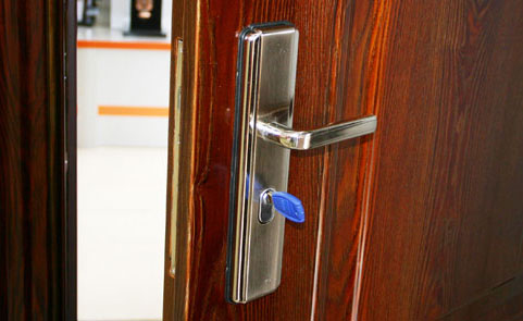 Personalized customized door locks boost industry