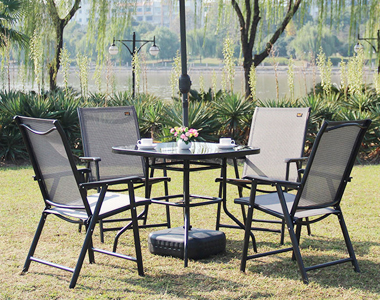 Leisure time outdoor furniture to play the lead
