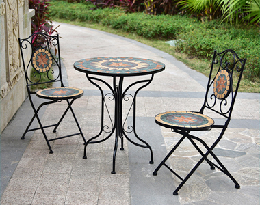 Custom garden furniture concerned about the use of efficiency